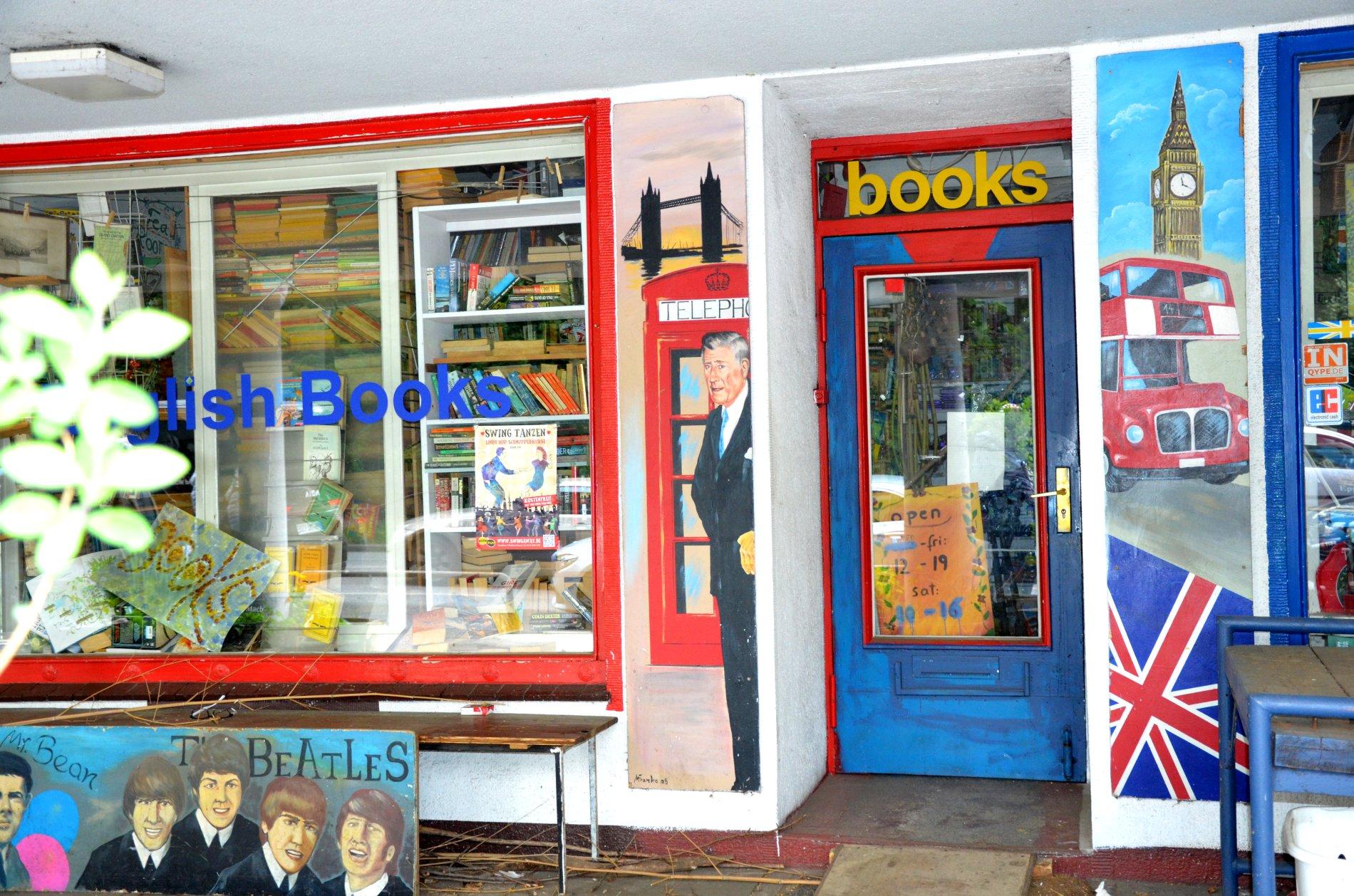 Englische Bücher in der Nähe der neuen Flora
