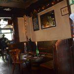 Irische Gemütlichkeit im Shamrock, was Kleeblatt bedeutet
